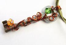 Unique Jewelry / by Elizabeth Cox Wolanski