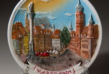 Decorative plates from different countries / Online store selling souvenirs including decorative plates from different countries. Worldwide delivery. https://www.world-wide-gifts.com/souvenirs/narrow-your-search/decorative-plates-and-mugs/