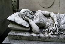 Cemeteries & Tombstones