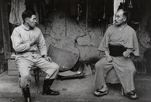 Fotografía. Shomei Tomatsu / Shomei Tomatsu, en idioma japonés 東松 照明 Tōmatsu Shōmei, (16 de enero de 1930 - 14 de diciembre de 2012) fue un fotógrafo japonés que destacó por sus reportajes sociales.