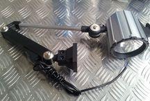 Lampes pour machine-outil, d'atelier ou éclairage industriel / Lampes pour machine-outil, d'atelier ou éclairage industriel avec LED ou en halogène.