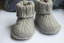 Schuhe und Socken stricken