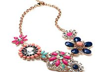 Accessorize This! / Beautiful, blinging baubles and bags.