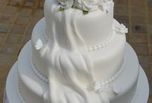 Wedding cakes / by Julie Snowdy
