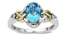 Jewels I would adore / by Lori Lewarski