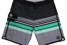 The BBO Shorts / The boardshort bottle opener attachment is extremely lightweight and does not affect your surfing, SUP or any other type of activities. Taking you from the boat to the beach to the BBQ. It's a fresh and innovative product that is sure to be a conversation starter.