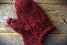 Mittens for the ladies / Mitten patterns for women I like.