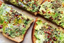 Eten algemeen / Gewoon lekker! Hierbij denk ik miet perse na bij gezond. Bij de andere ontbijt, lunch en avondeten wel. Kijk daar ook eens