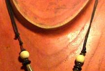 Colgantes de Madera y Semillas / Colgantes de Madera combinados con diferentes tipos de Semillas