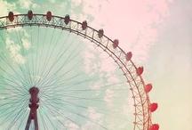 Pariserhjul och karuseller