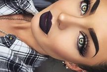 vampy make up look
