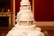 Old New Orleans Wedding / Joe Gambinos Bakery, Lace, Fondant, Buttercream white wedding cake, Fleur de lis, Simple, Glamour, New Orleans Wedding, Louisiana Weddings