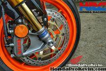 Honda Sport Bikes / Motorcycles / Honda Sport Bikes / Motorcycles : CBR300R / CBR500R / CBR650F / CBR600RR / CBR1000RR / CBR1000RR SP / Repsol Edition CBR1000RR