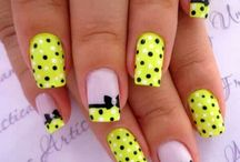 Nails art spotty