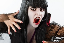 Halloween Makeup / Create a super-cool look that's all your own!