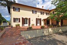 Holliday villa's