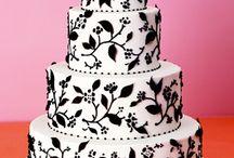Cakes & Cupcakes / by Rhoda Gardner