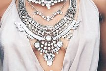 Statement Necklace - Outfit Made