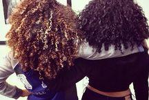 Those curls tho!!