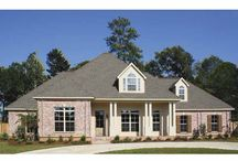 Home plans / by Michele Martinson Krei