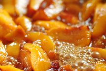 Fried peaches with mascaparone