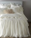 Beautiful Bedding / by Blue  Creek Home Rhonda