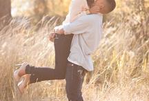Couple Poses & Photo Ideas