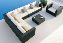 Salons de jardin lounge / Profitez du confort d'un salon lounge cosy et design pour inviter vos amis et partager un bon moment dans votre jardin.