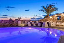 Supreme Leisure in Mykonos I DESIGN HOTEL / Let's get Lost