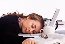 Narcolepsy Treatment / Narcolepsy Natural Treatment to help people with narcolepsy cause stays awake during the day. Excessive daytime sleeping pattern is symptoms of narcolepsy.