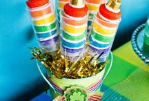 Push Pop Ideas  / A ton of push pop ideas and inspiration for your next party, birthday or celebration! Tips, recipes, diy tutorials and more! All the push pop recipes and ideas you could ever need in one place! Kara's Party Ideas karaspartyideas.com
