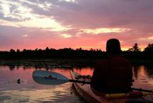 Paddling in Peterborough & the Kawarthas / Peterborough & the Kawarthas is made for paddling: canoeing, kayaking, paddleboarding and rowing. The region is dotted with pristine lakes and lined with sparkling rivers.