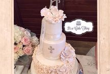 Cake and Sweet details in Video / Cake videos of more details and functions. Some of the photos provided by It's a Cake Thing and some posts with permission by client. Enjoy!   Contact daniela@itsacakething.ca