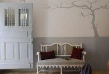 Wanddekoration - Interior Wallpapers - Farben und coole Tapetenmuster / Die Wanddekoration lässt Ihre Wohnung hell und fröhlich aussehen. Wie Sie Ihre Wände modern dekorieren – Vielfalt an Wandtattoos, Farben und Muster Wanddekoration – Farben und coole Tapetenmuster