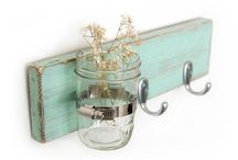 Gift Ideas / by Lindsay Ellis