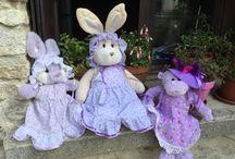 Famille Améthyste / Violette, lapine géante ; Aster, lapinette parme et Volubilis, guenon hyper nippée.