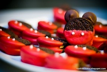 Mickey mouse party ideas / by Jessica Rodriguez