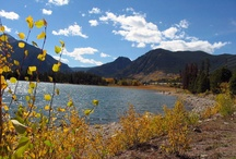 Lovely Lake Dillon in Vail, CO / You can choose any season you'd like to book a vacation rental in Vail - Lake Dillon is spectacular year-round! If you're a ski bum, give Winter a shot; if you're more of a swim-'n'-sunbather, head over in the Summer!