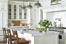 Kitchens / by Sarah Maleas