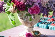 Flower arrangements / by Kristin Børresen