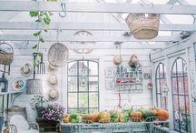 Home// Gardens