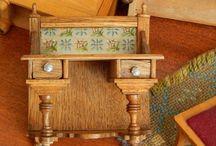 Gründerzeit/Jugendstil/Historismus / Antique dolls house furniture. Mainly German.