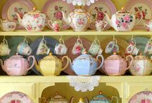 Teapots / by Rachael Bailey