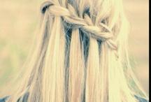 Hair Styles / by Lindzi Helgesen