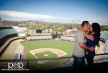 Dodger Themed Engagement Photography / http://www.randrphotography.com