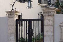 Puerta con alco