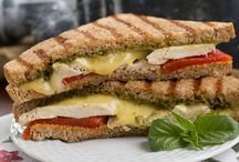 #SundaySupper's Grilled Cheese and WIne Pairings