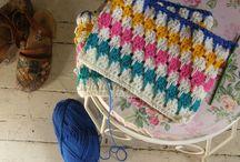 crochet/knitting/yarn stuff... and a few random quilitng ideas too :) / if i ever start again...ha!