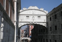 A Little Bit of Italy / The second of my City Chronicles trilogy takes me, and you, through Italy from Venice to Rome, then onto the Bay of Naples.