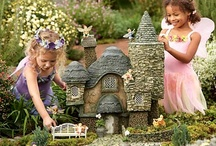 w ogrodzie -domki-mostki